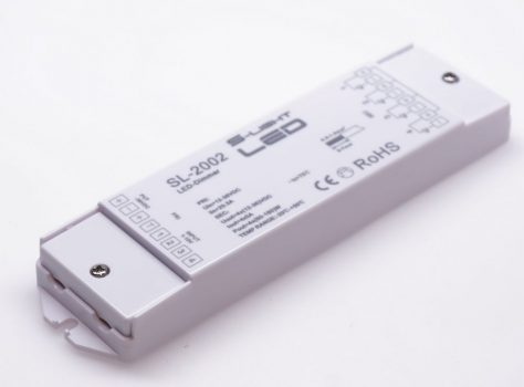 SL-2002 LED DIMMER 1-10V bemenet , működtethető 12-36V DC feszültségről , 4 csatornás be - 4 csatornás kimenet