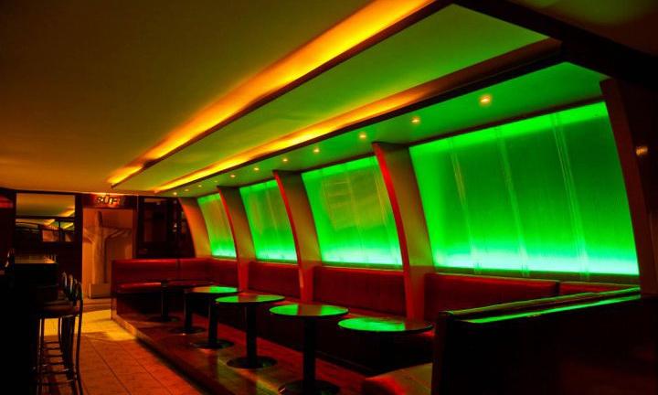 Szórakozóhely RGB világítással 5.